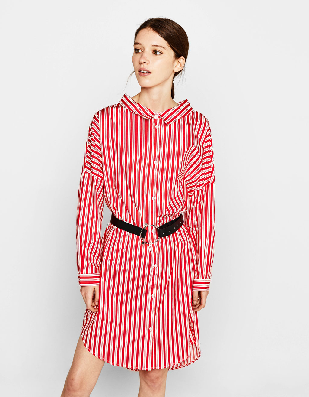 Shirt dress with ring in the back