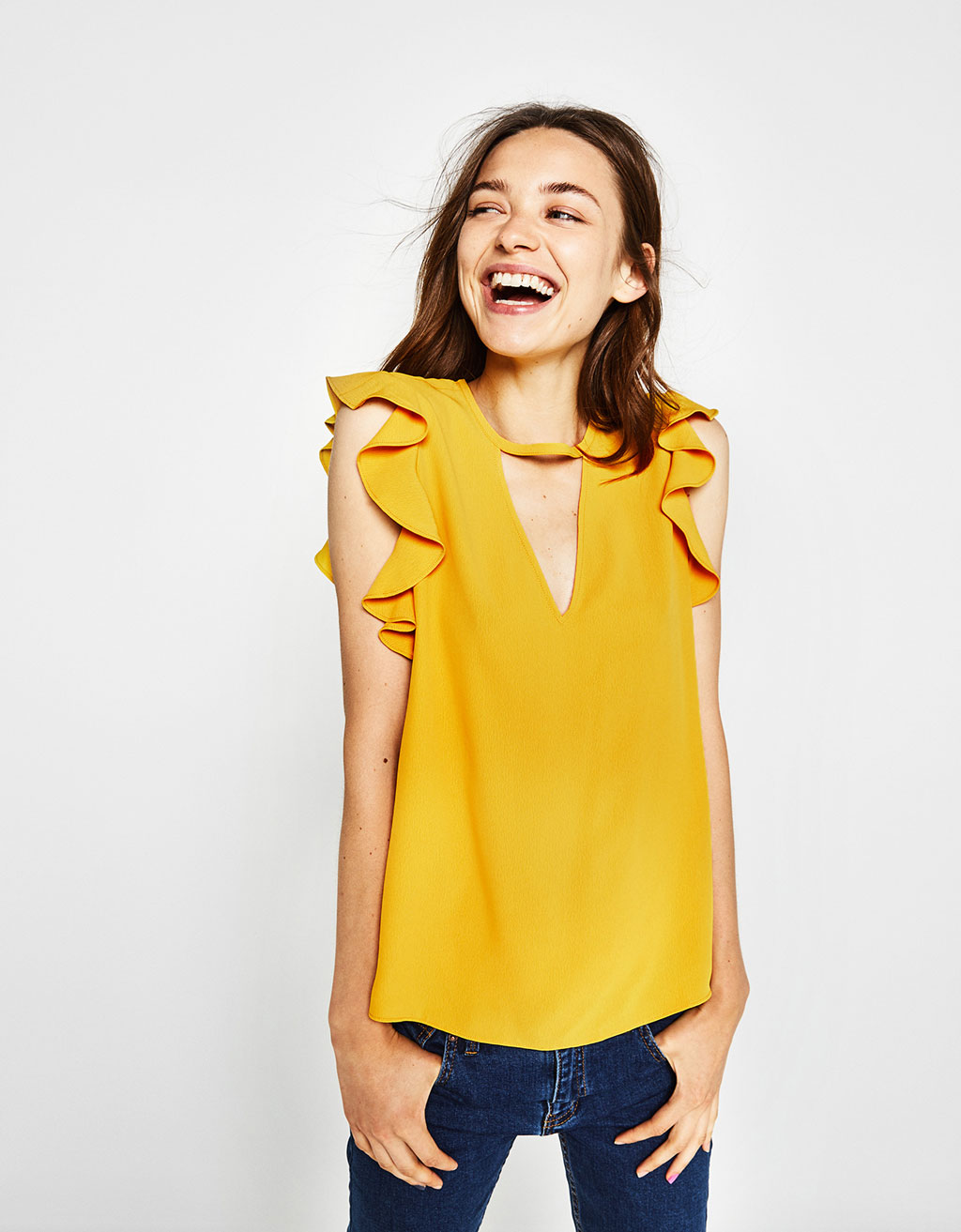 Flowing blouse with ruffles