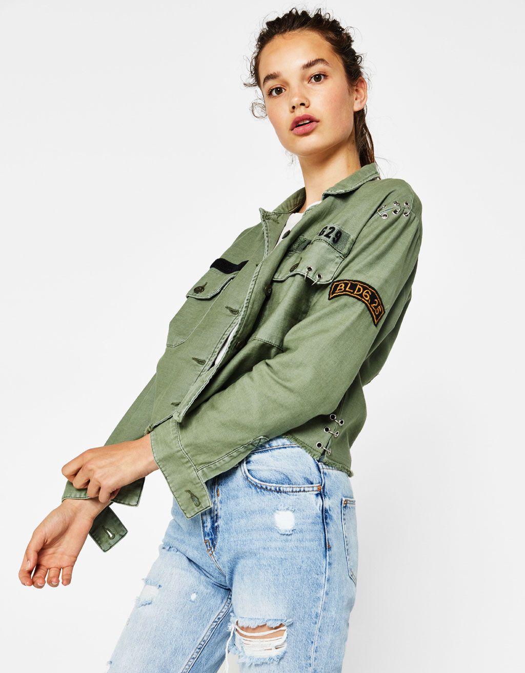 Cropped-Hemdjacke im Military-Look