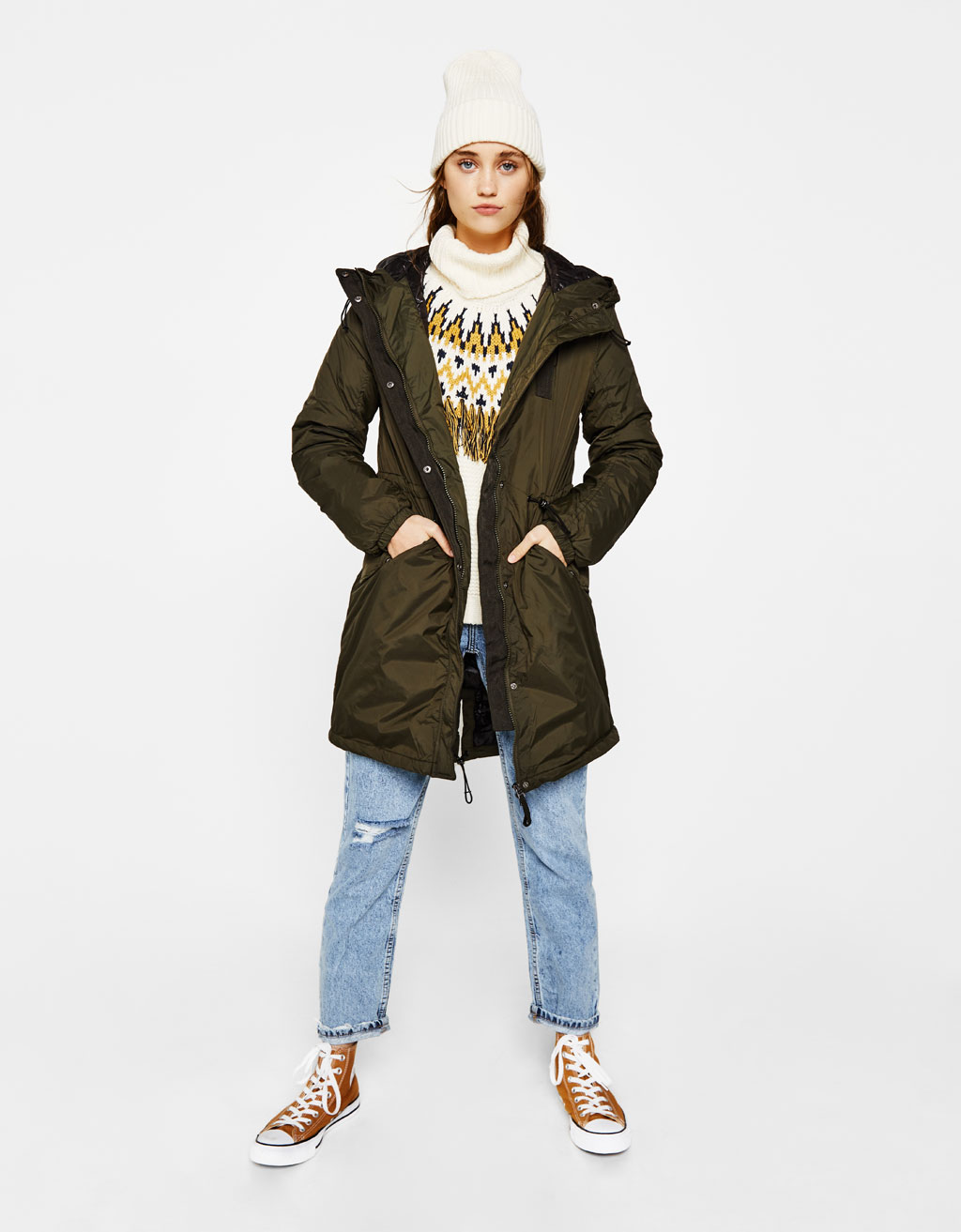 Lightweight parka with hood