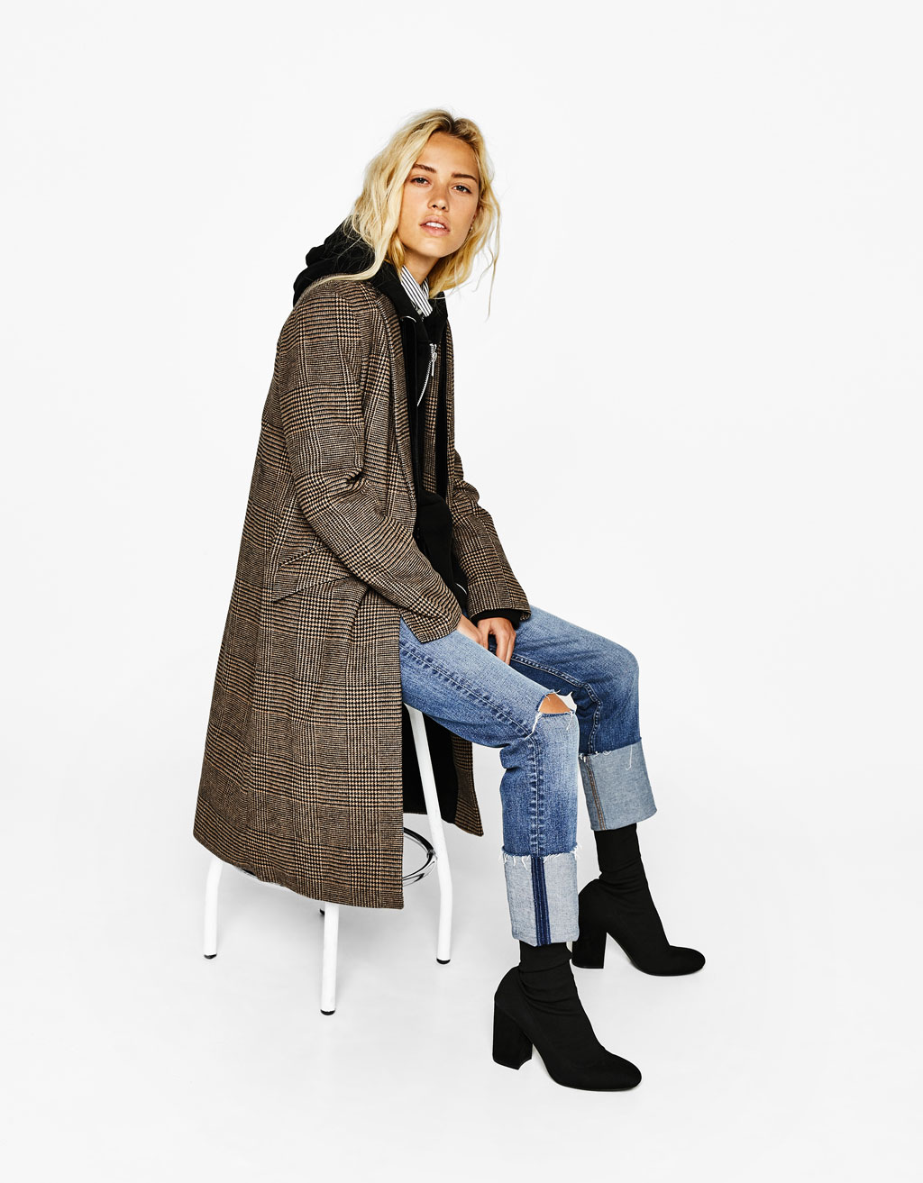Wool coat with a masculine cut