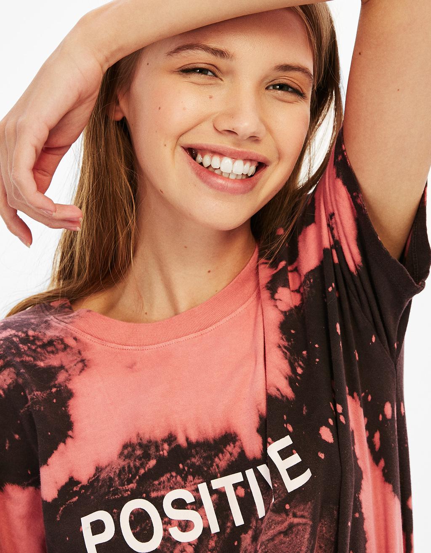 Tie-dye T-shirt met choker rugpand