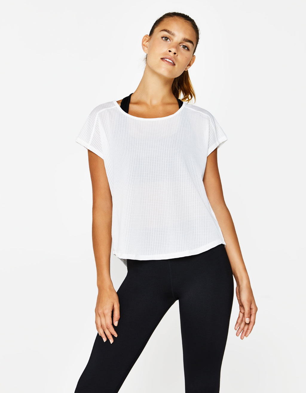 Sports T-shirt with crossed back