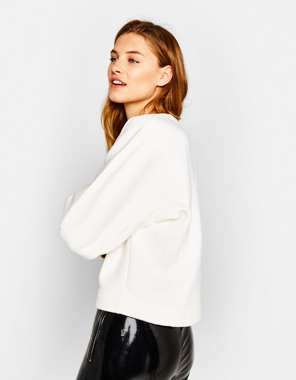 Sweatshirt with pleated detail