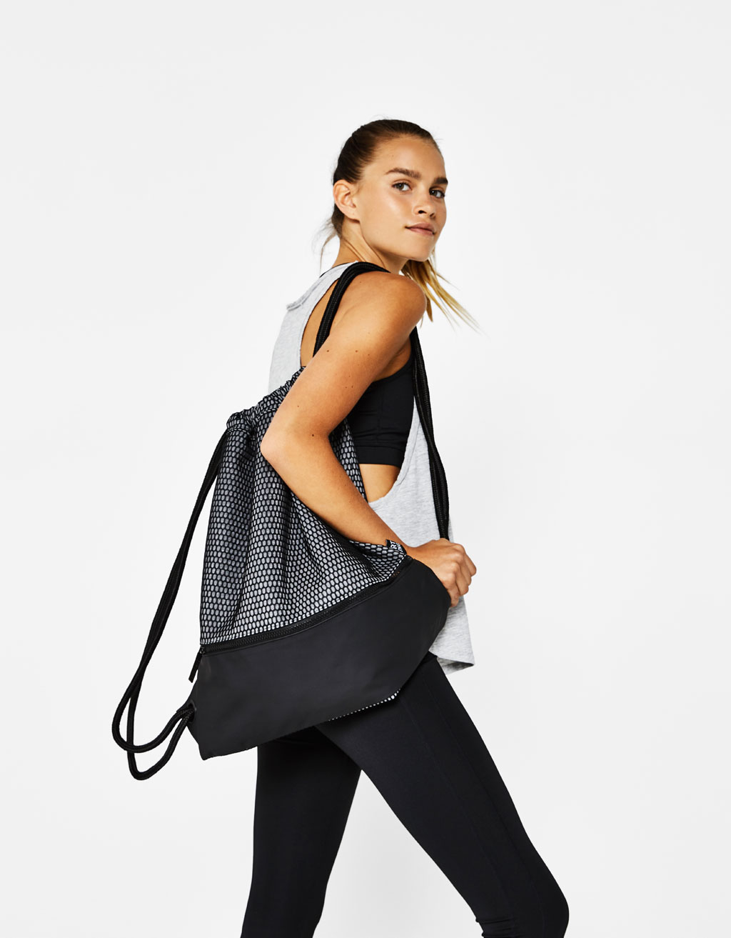 Mesh sports backpack