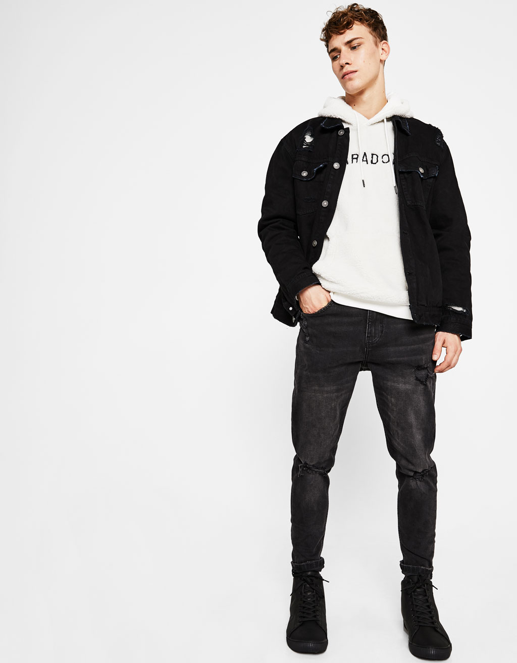 Jeans Skinny Fit tapered con rotos