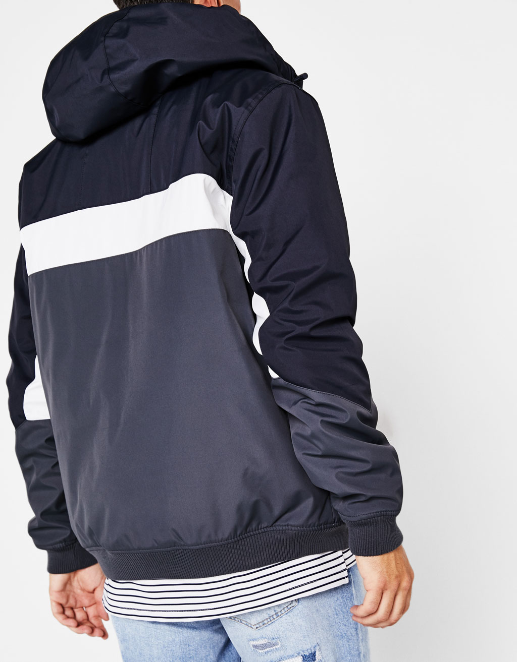 Three-tone jacket with hood