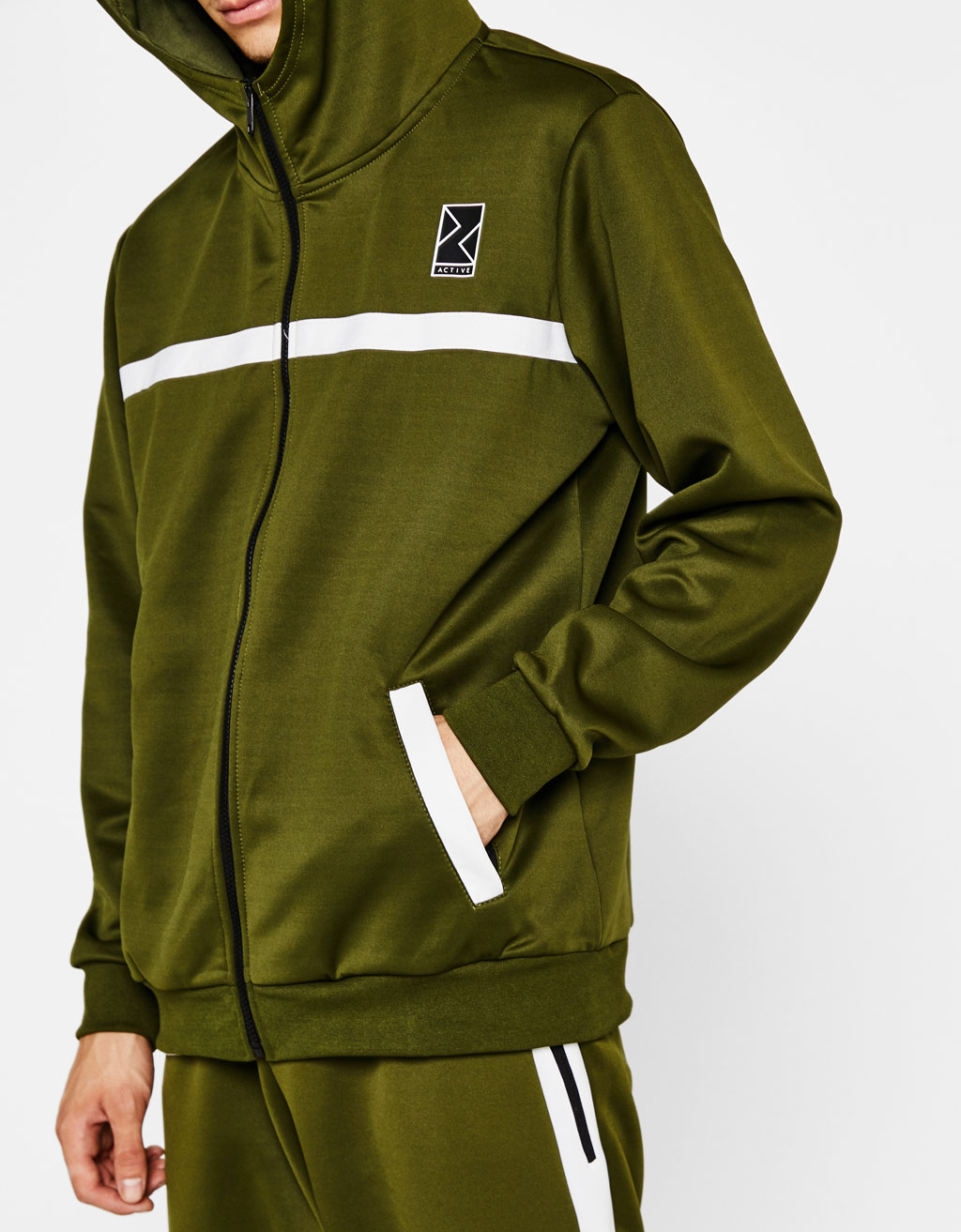 Technical sports jacket with hood