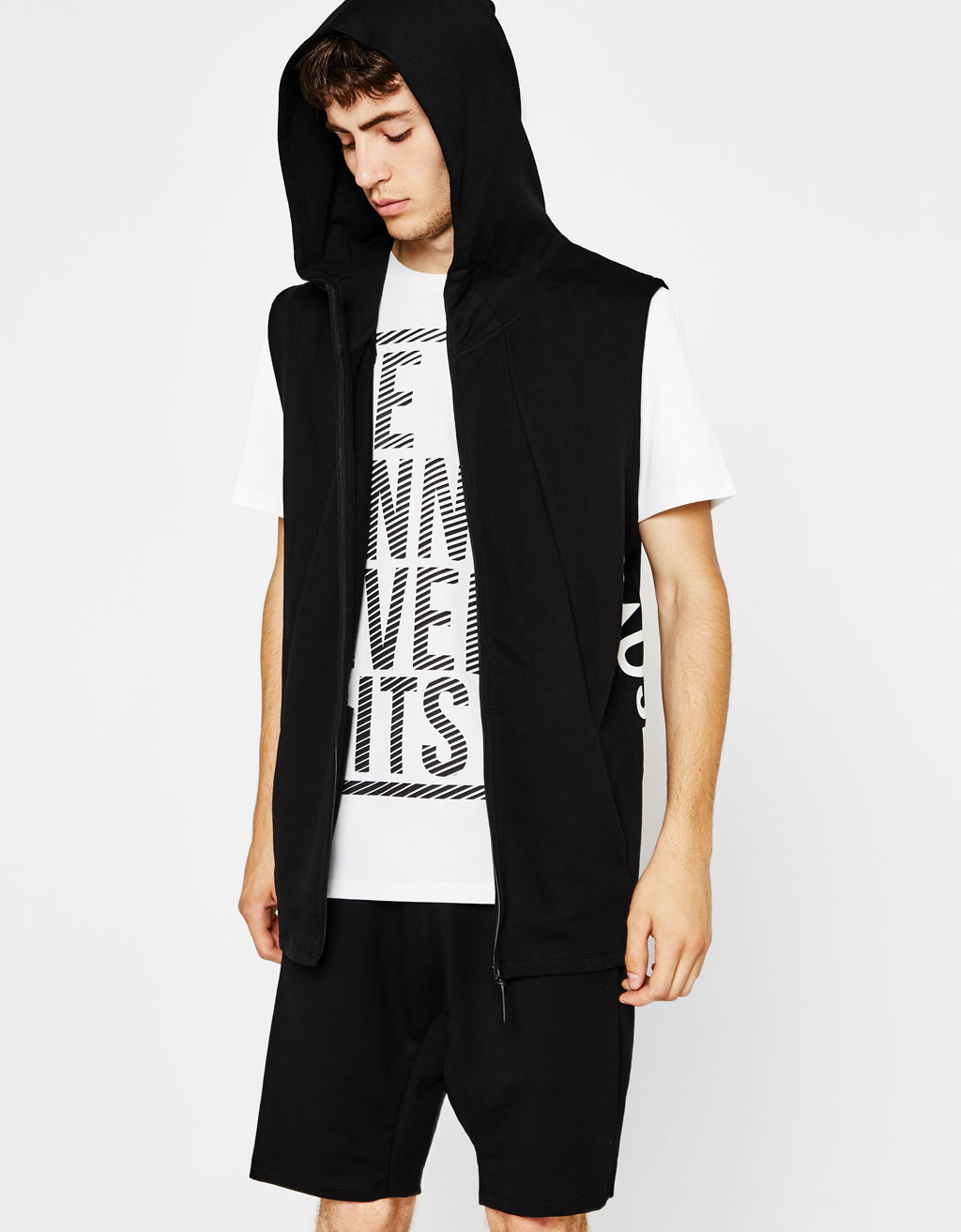 Technical sports vest with hood