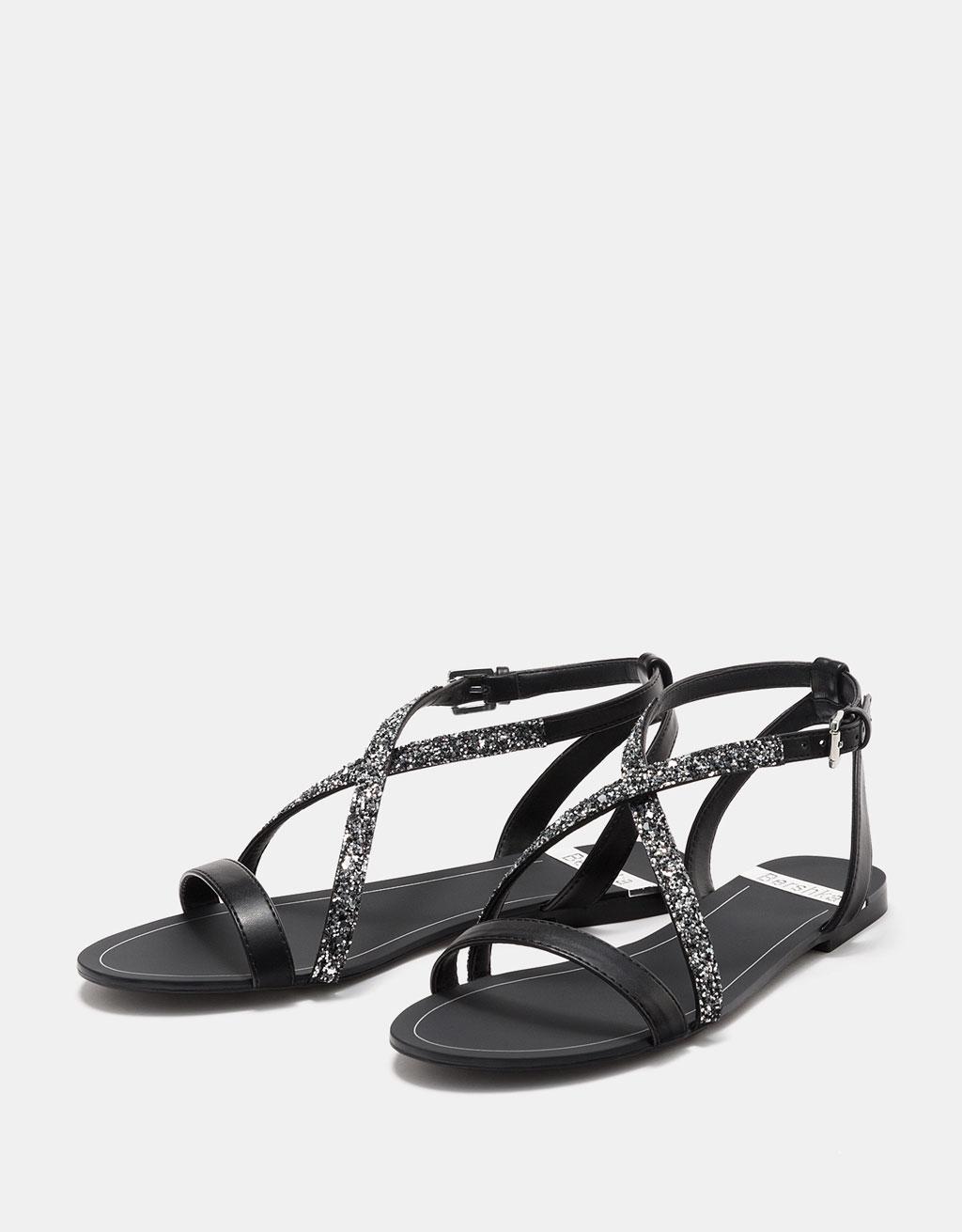 Flat contrasting shimmer sandals