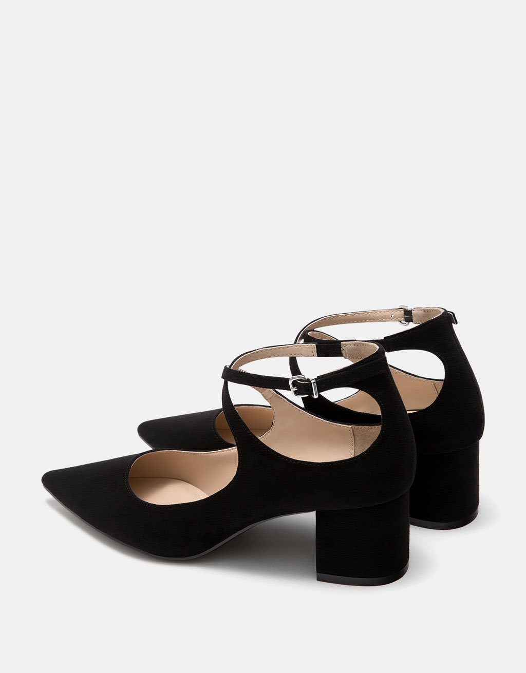 Block heel shoes with ankle strap and pointed toe