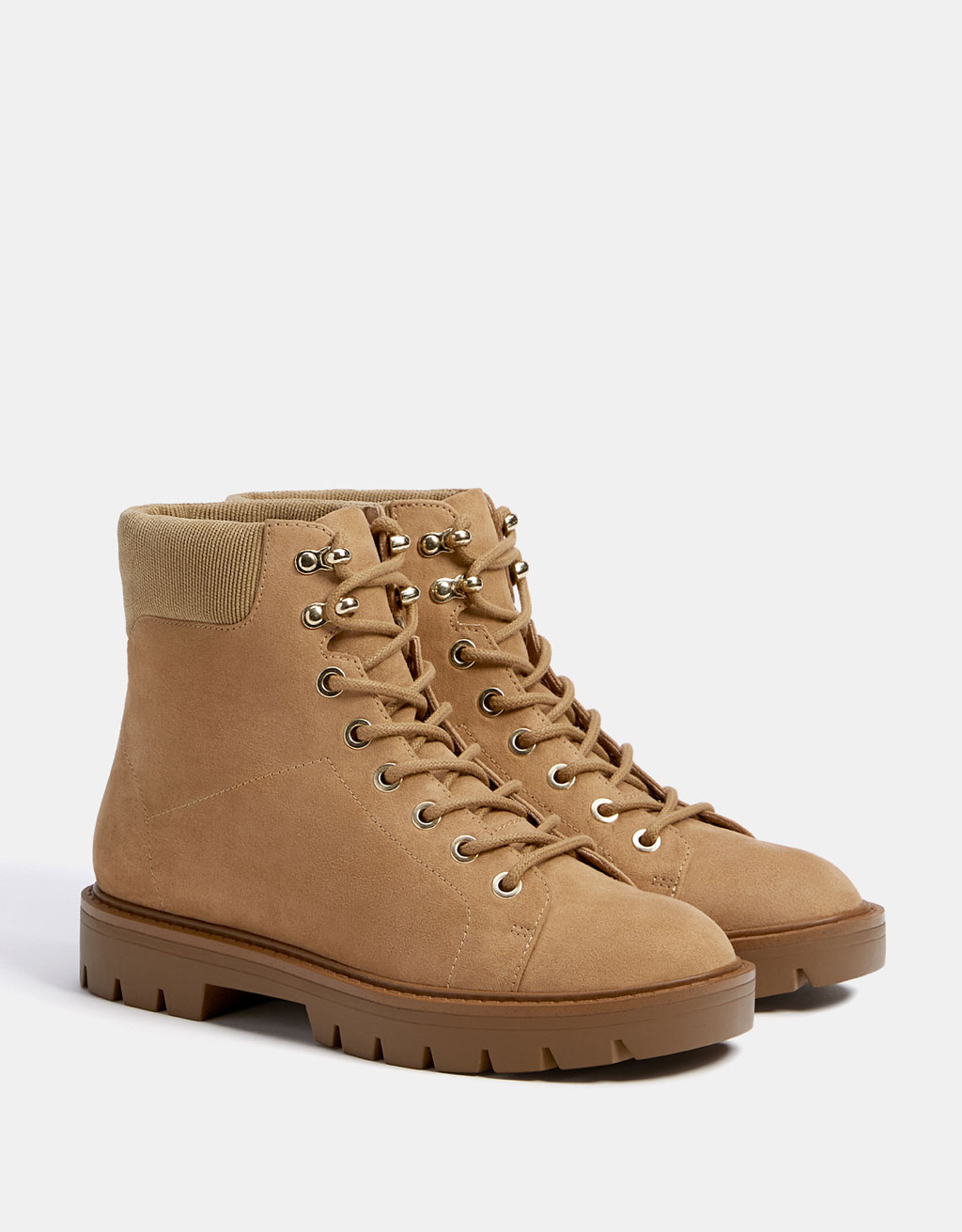 Lace-up mountain ankle boots