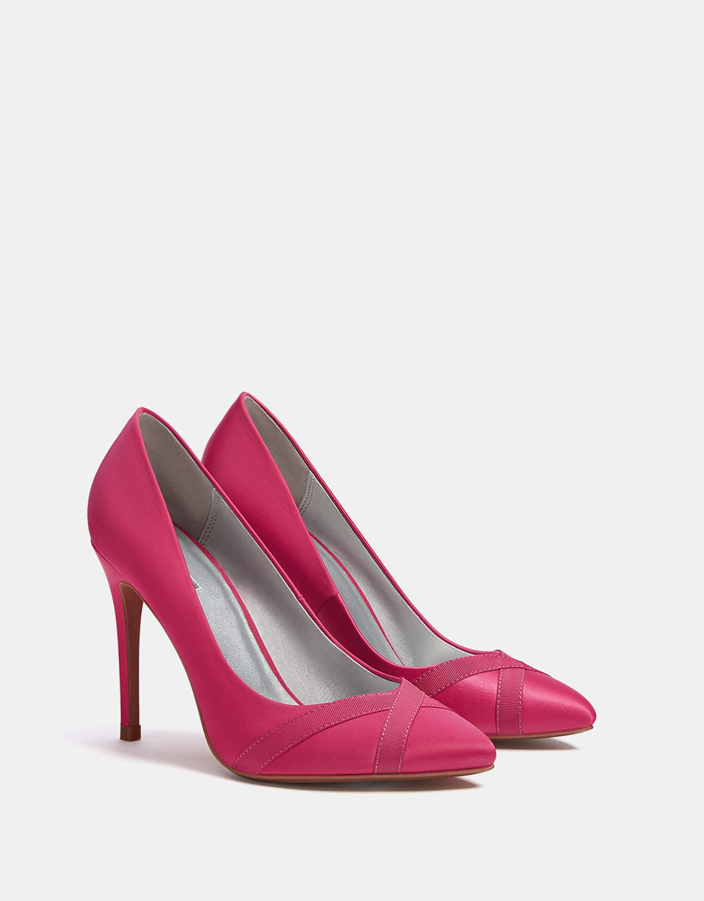 Satin stiletto heel shoes