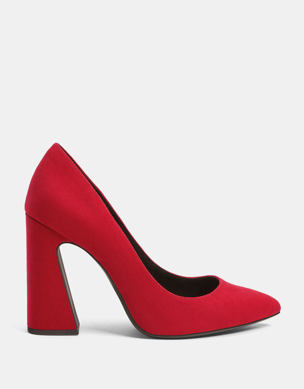 Asymmetric block heel shoes with pointed toe