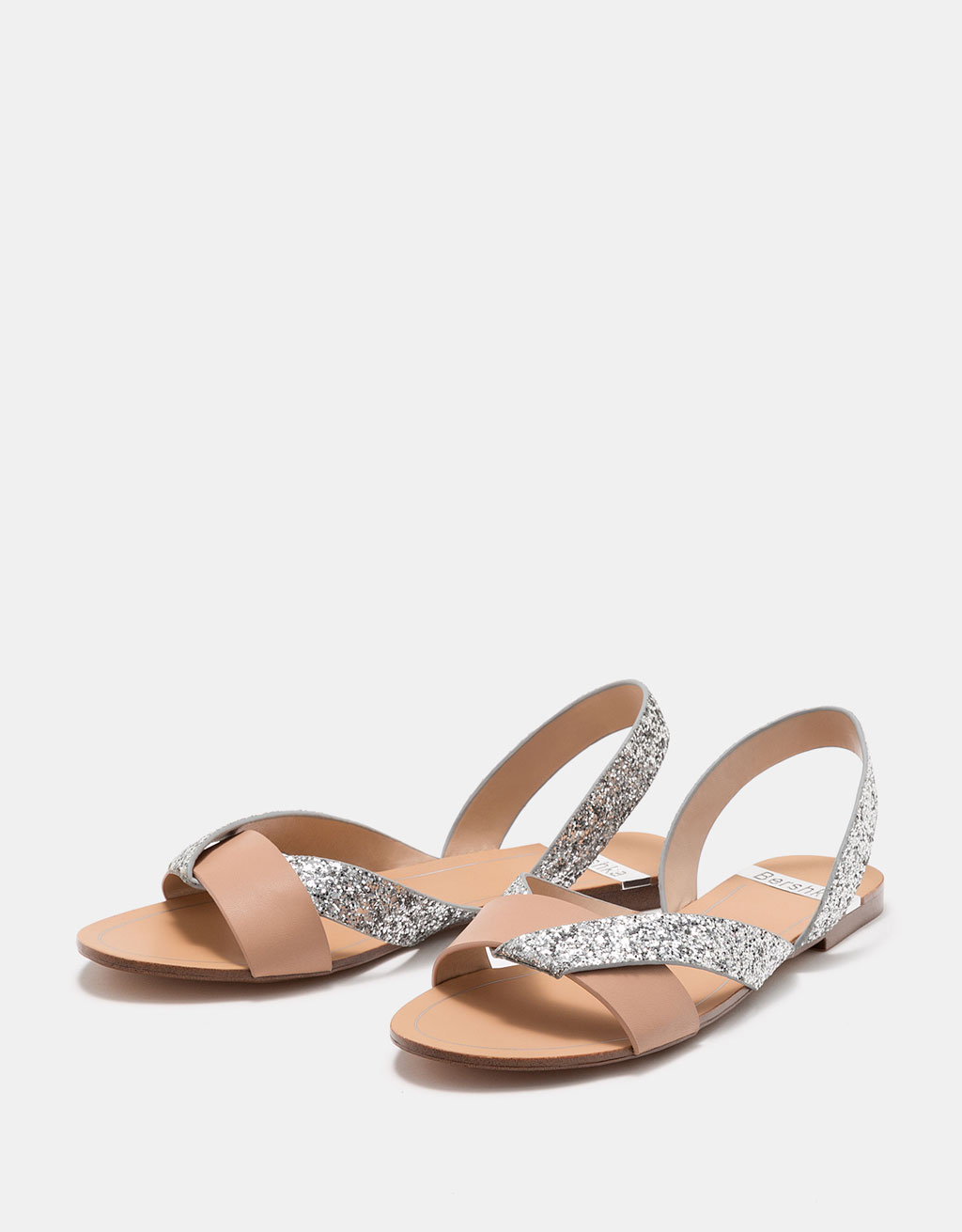 Flat sandals with contrasting shimmer straps