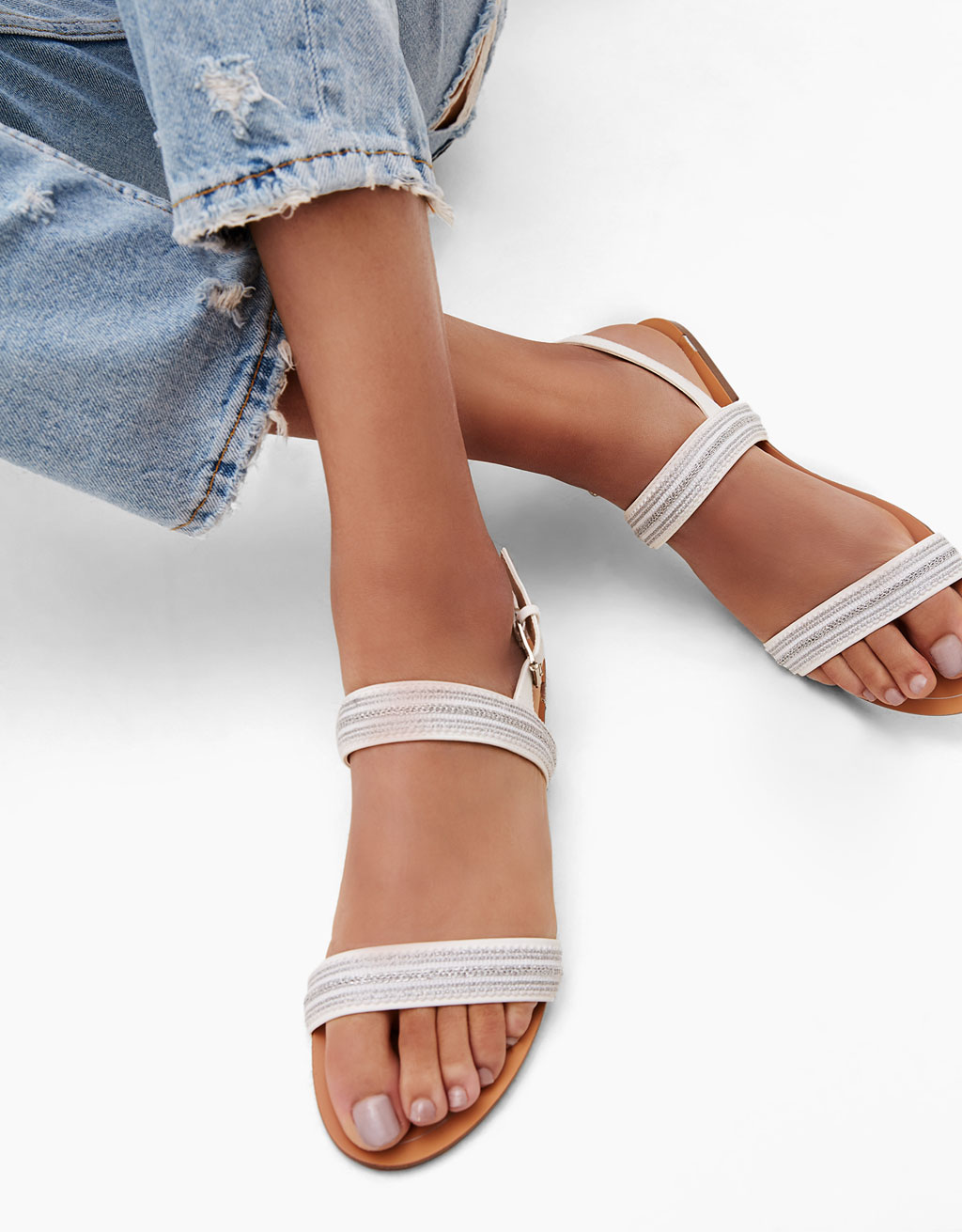 Slide sandals with chain link ankle strap