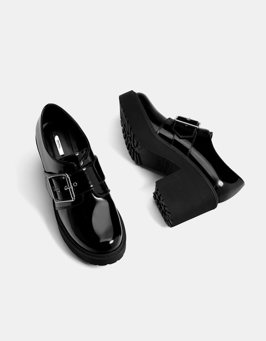 Mid heel platform shoes with buckle