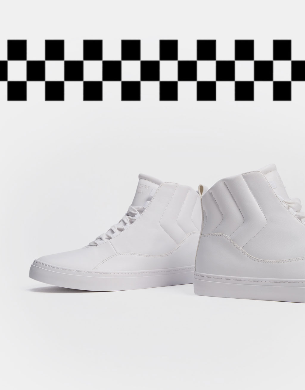 Men's quilted monochrome high top sneakers