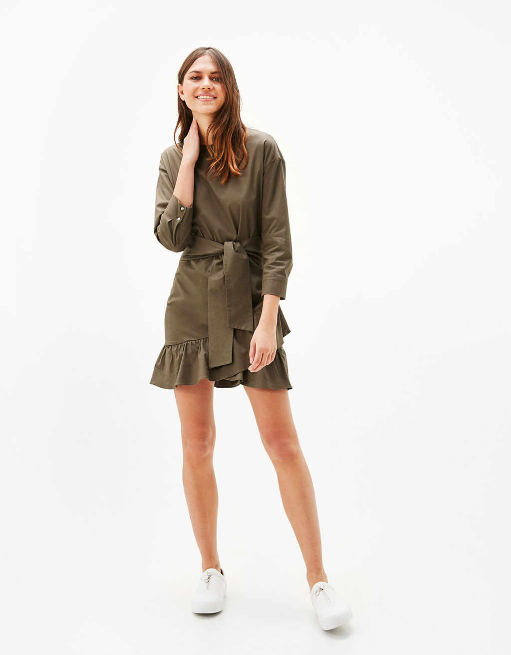 Trench-style dress with 3/4 length sleeves and frills