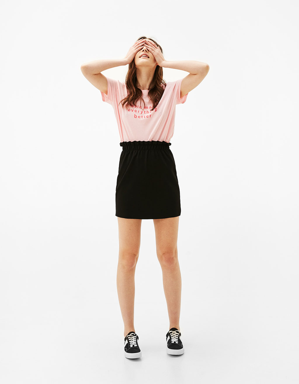 Mini skirt with elastic waistband