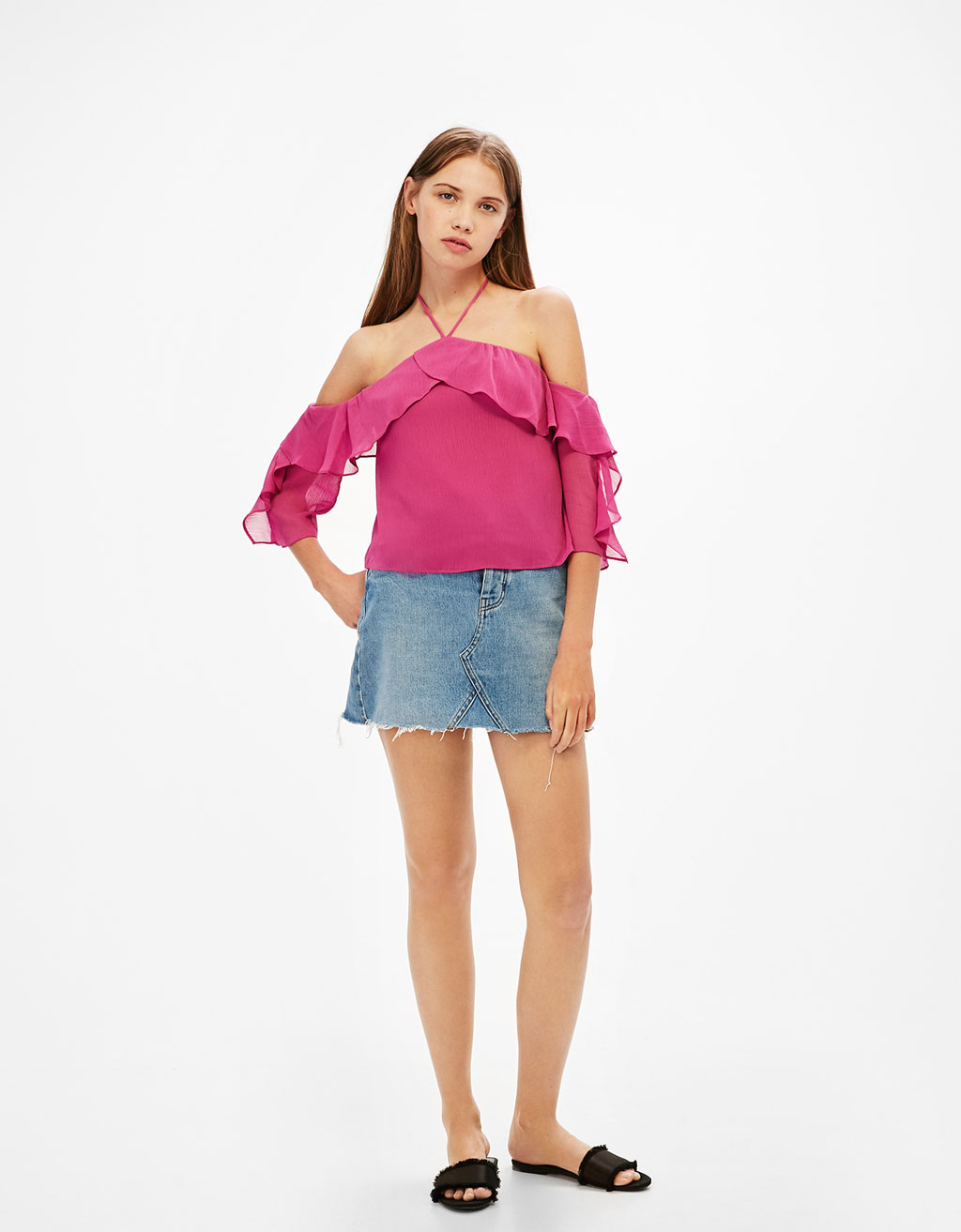 Off-the-shoulder halter neck blouse
