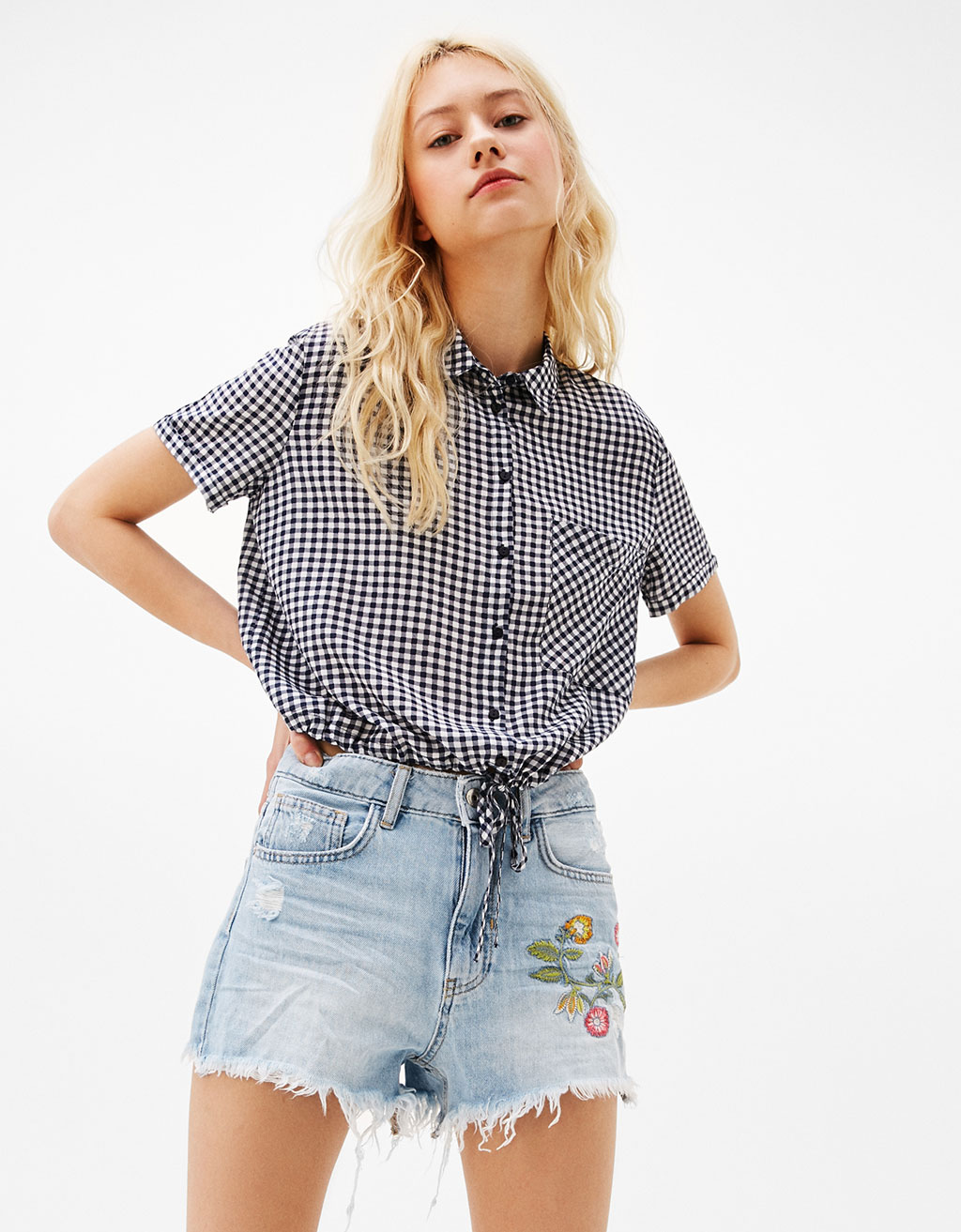 Cropped shirt with pocket and stretch waist