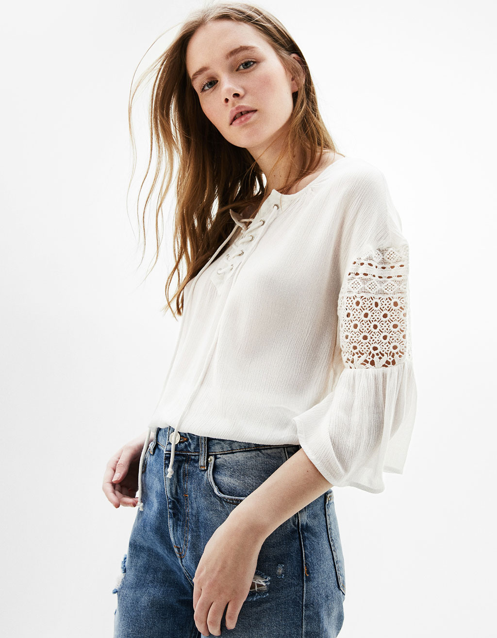 Guipure lace blouse with cord