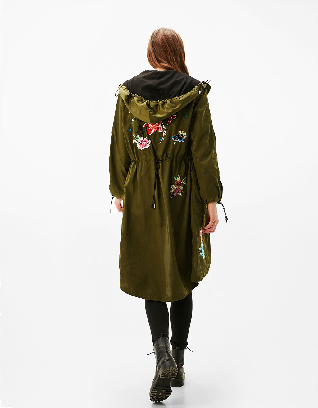 Nylon parka with oriental embroidery