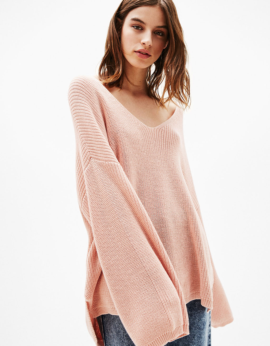 V-neck sweater with wide sleeves