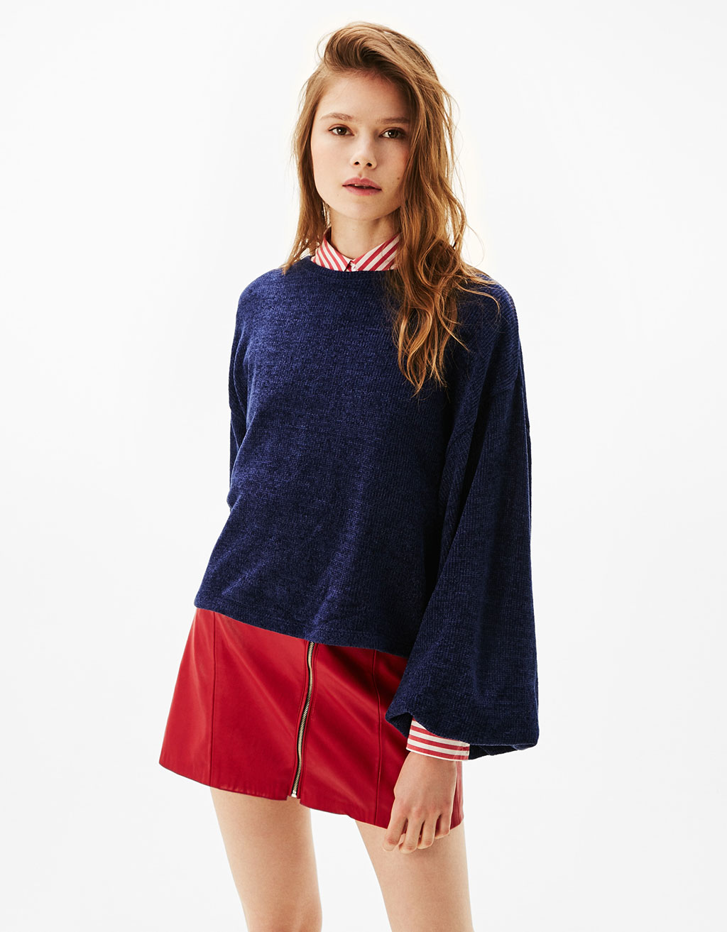 Cropped chenille sweater with full sleeves