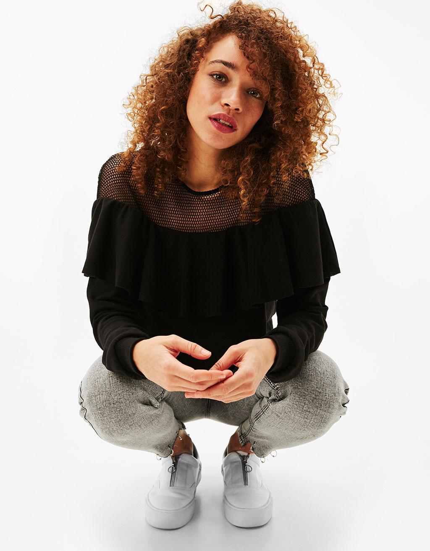 Contrast frill sweatshirt
