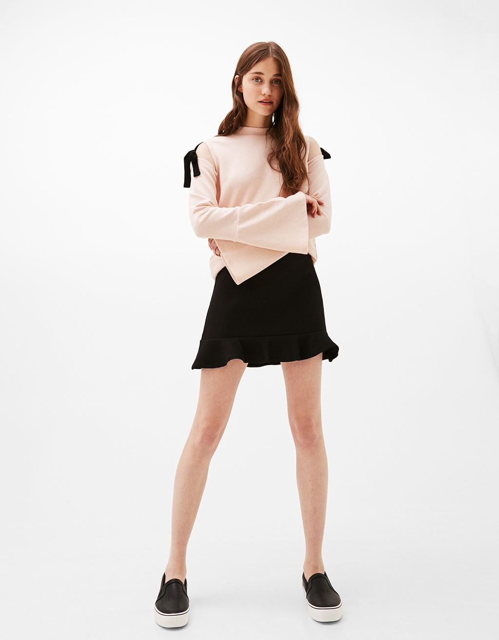 Sweatshirt with shoulder bows and flared sleeves