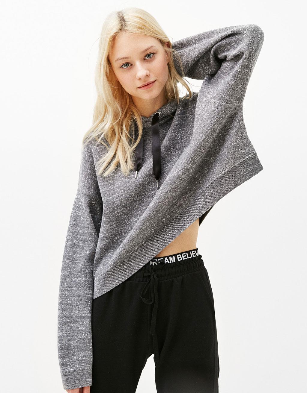 Cropped hooded sweatshirt with metallic fibre
