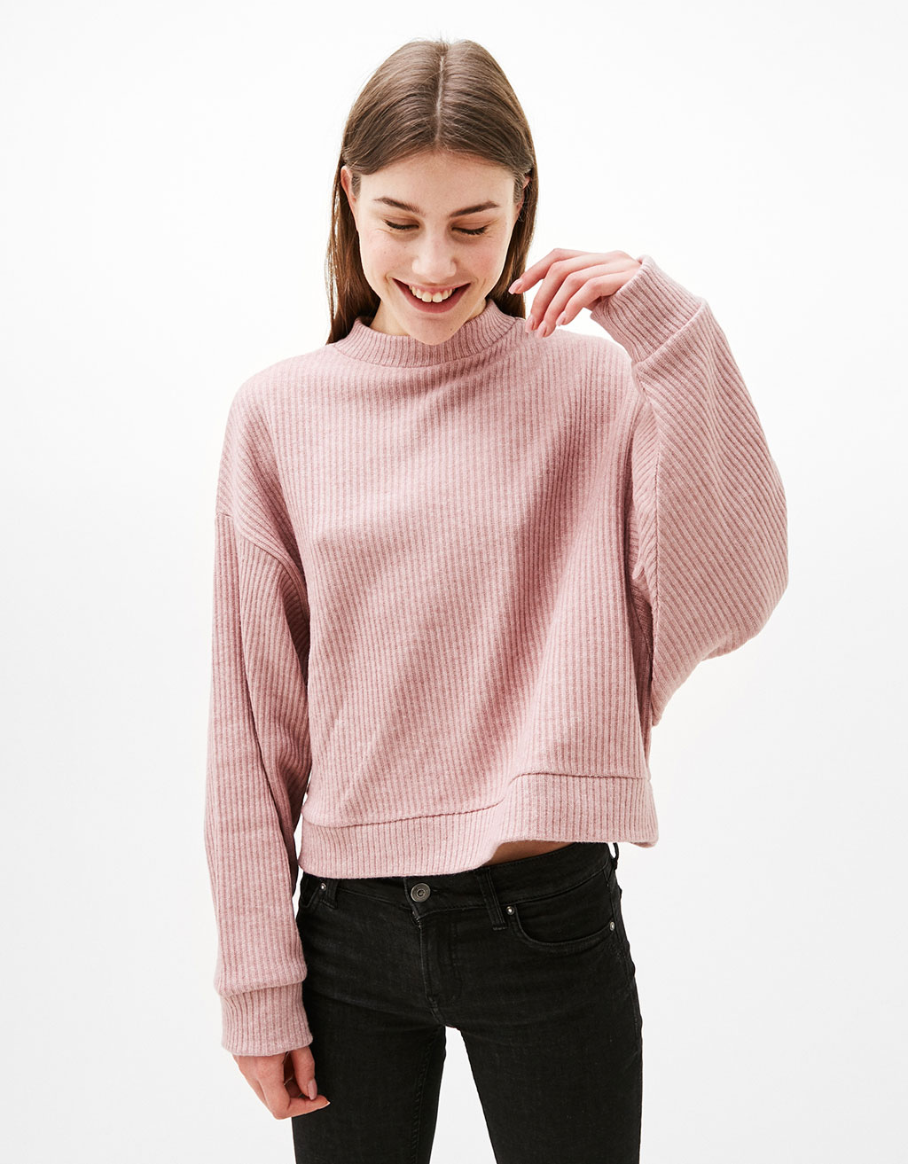 Oversized cropped ribbed sweater
