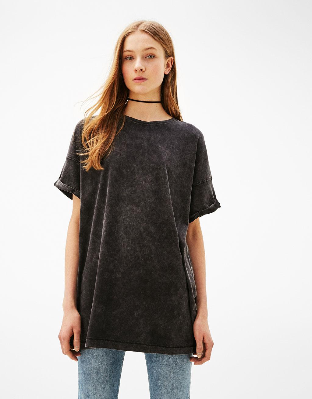 Liels t-krekls