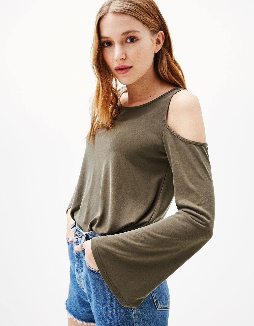 Off-the-shoulder T-shirt in cupro fabric