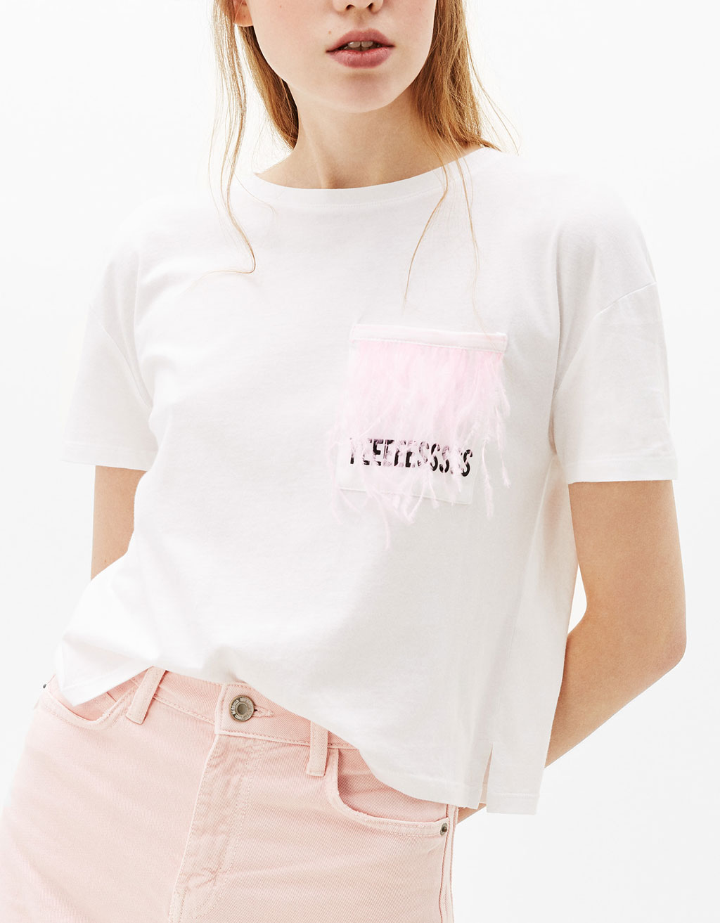 Cropped T-shirt with feather detail pocket