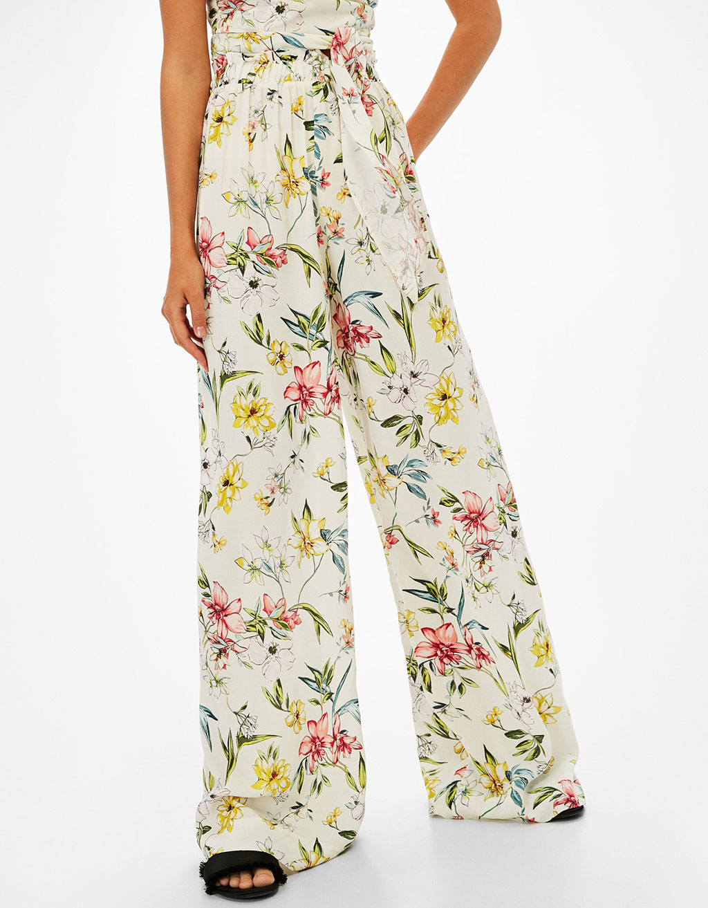 Wide floral print trousers