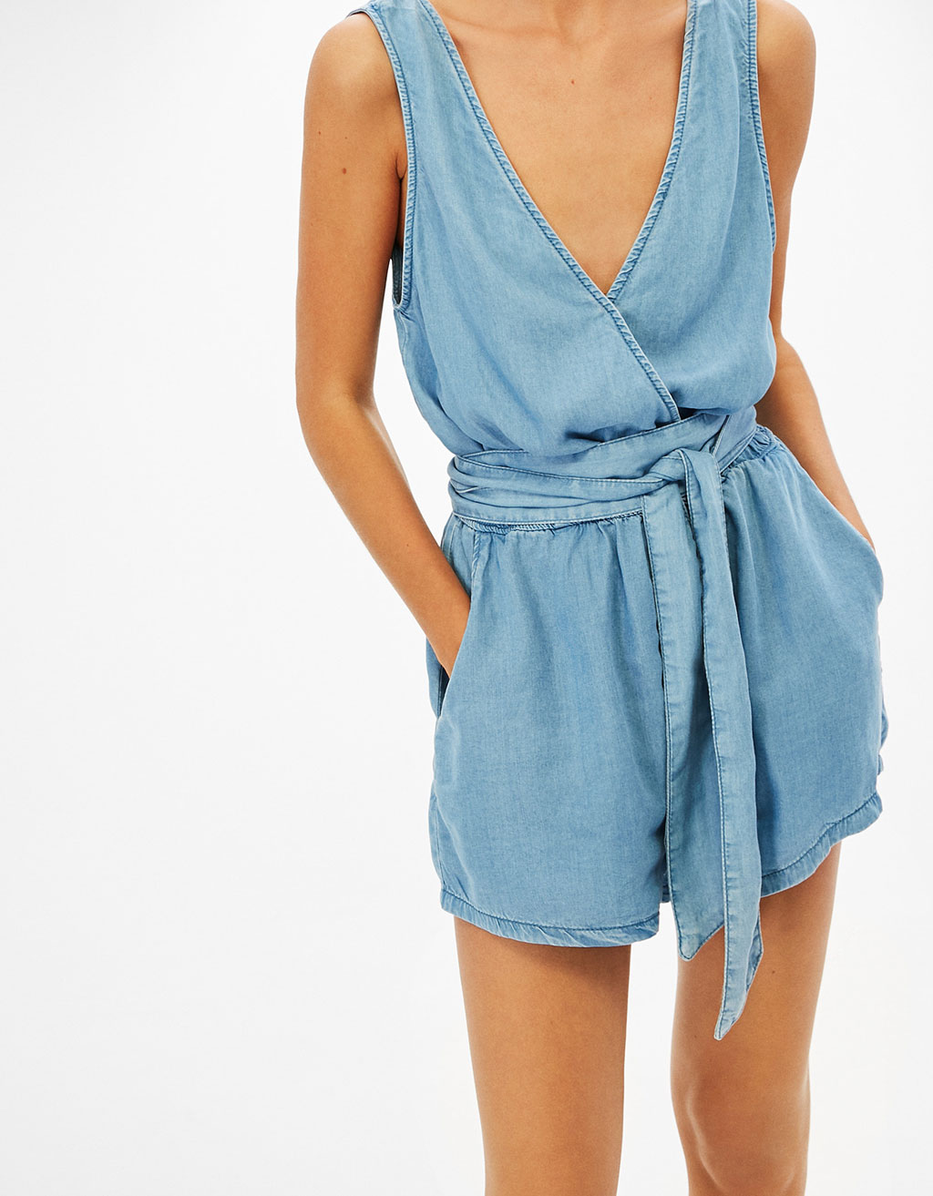 Short strappy Tencel jumpsuit with belt