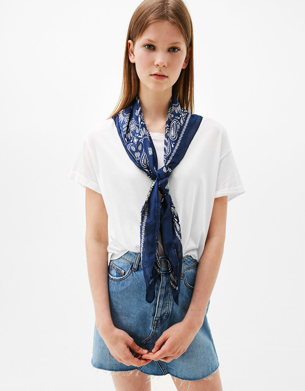 Lightweight bandana