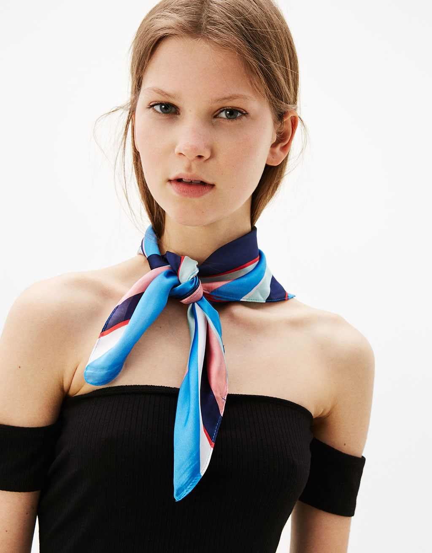 Barevný šátek bandana