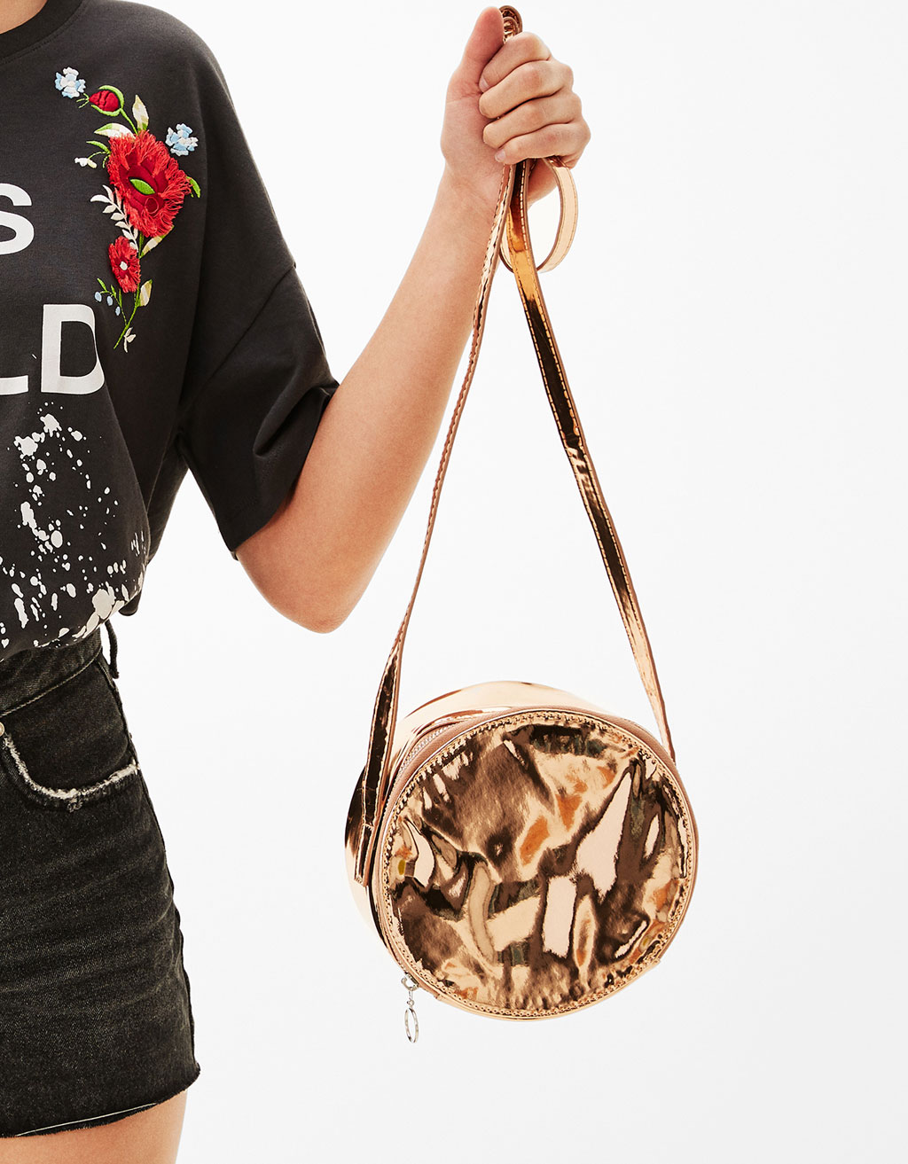 Rounded metallic bag