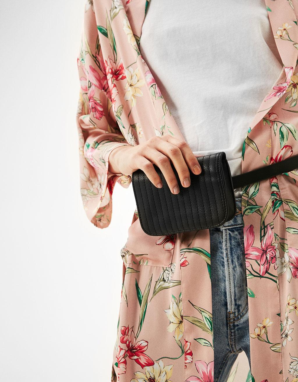 Minimal belt bag
