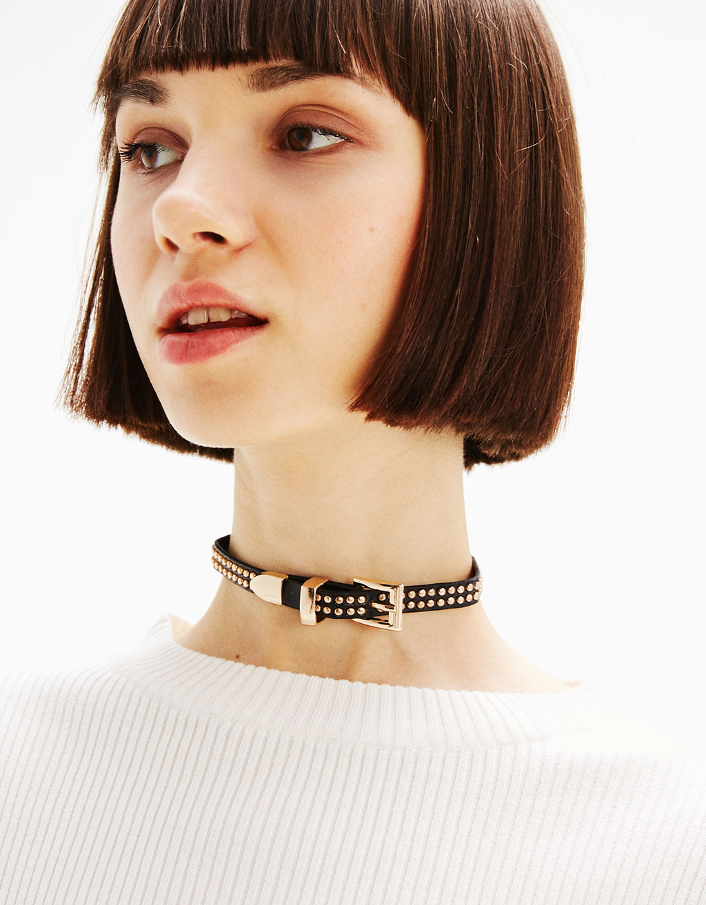 Buckle and studs choker