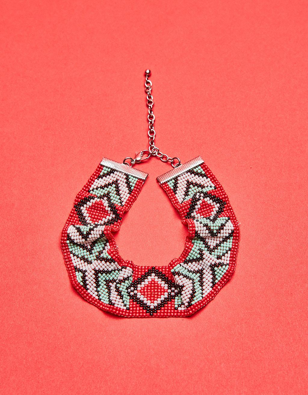 Choker-Halskette mit Perlen