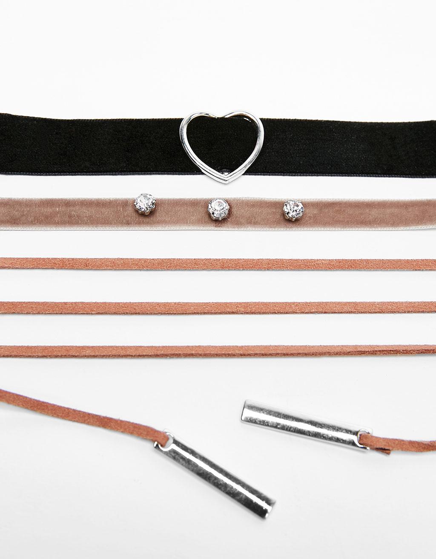 Set of 3 metal heart chokers