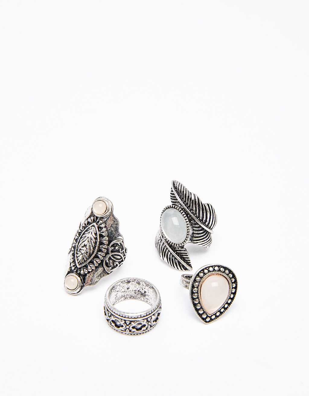 Set of 4 large bohemian rings
