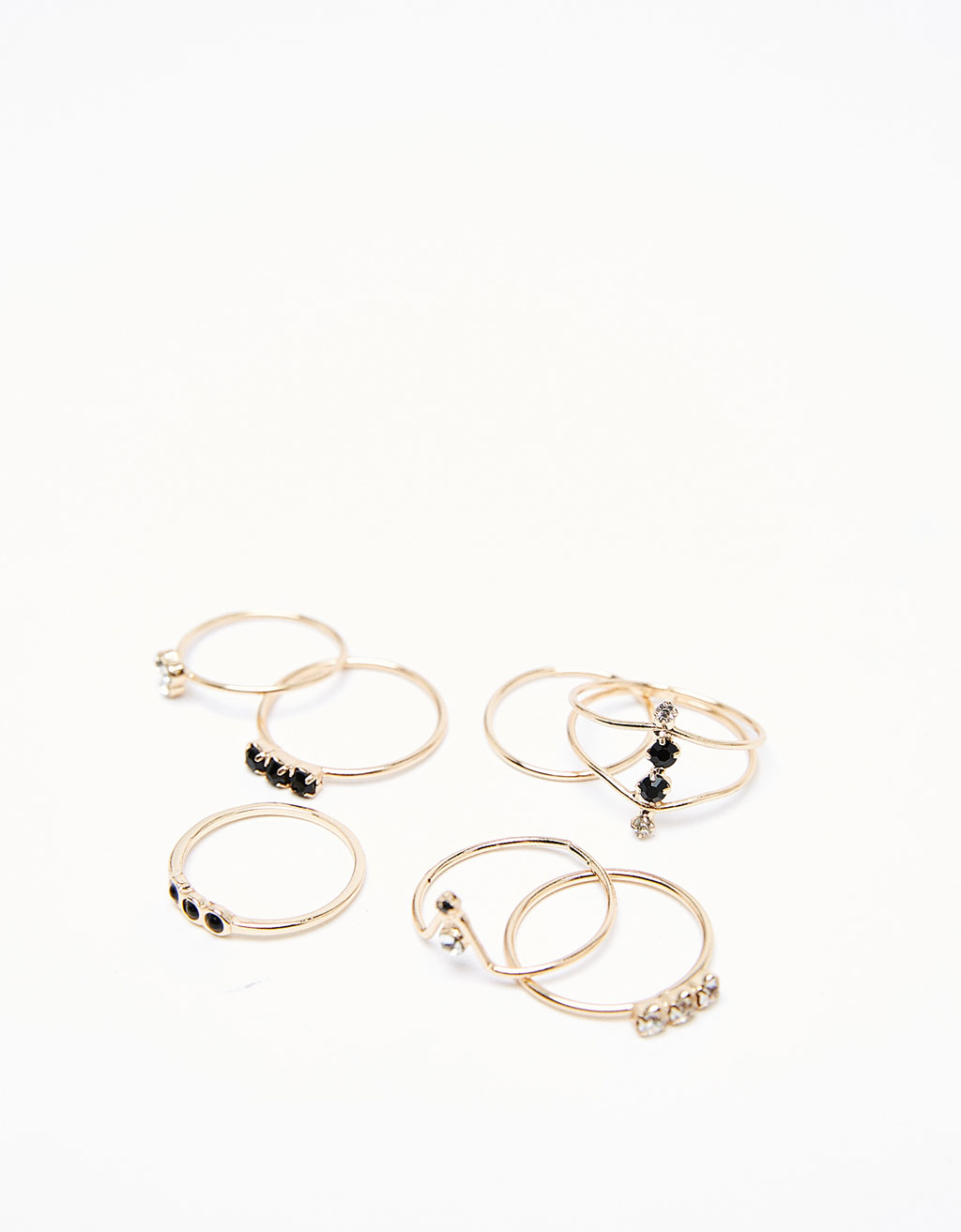 Set of minimalist rings