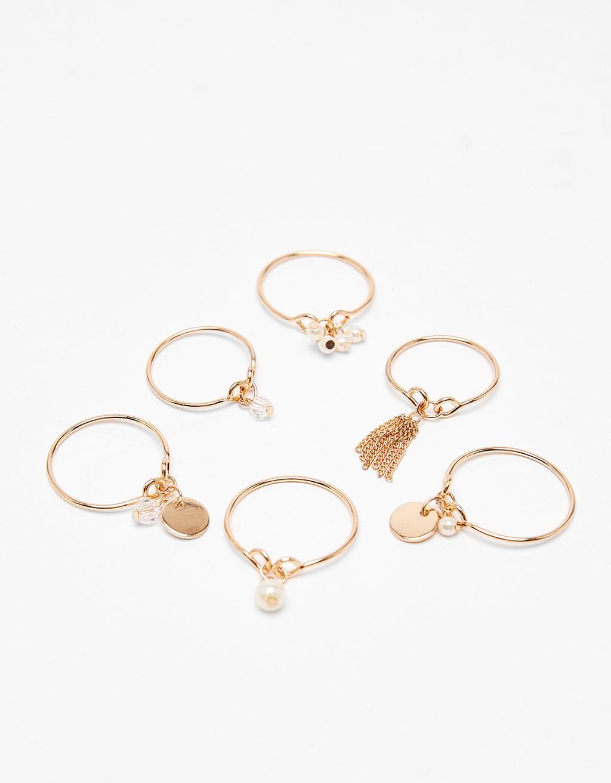 Set of 4 pearl rings