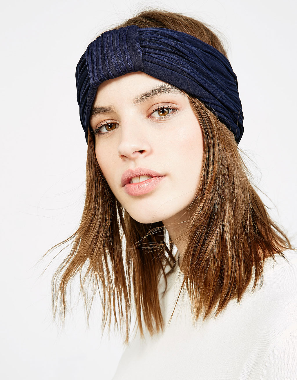 Wide textured headband